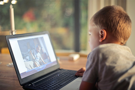 Kid_In_Front_Of_Screen