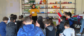 """A Child in Foodland"" – 7th Grade at Aristotle University Farm"