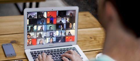 Μαθητές τουΛυκείουτων Εκπαιδευτηρίων συμμετείχαν στο 53ο Διαδικτυακό Συνέδριο Μοντέλου Ηνωμένων Εθνών(THIMUN), που φέτος, λόγω της παγκόσμιας πανδημίας, δεν πραγματοποιήθηκε στο Διεθνές Συνεδριακό Κέντρο της Χάγηςαλλά διαδικτυακά.