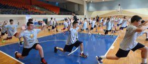 Ολοκληρώθηκε και η δεύτερη εβδομάδα των MANDOULIDES BASKETBALL CAMPS 2021. Κάθε εβδομάδα ήταν αυτοτελής και περιλάμβανε δύο camps, το πρωινό ALL STAR BASKETBALL CAMP και το απογευματινό FULL - COURT BASKETBALL CAMP.