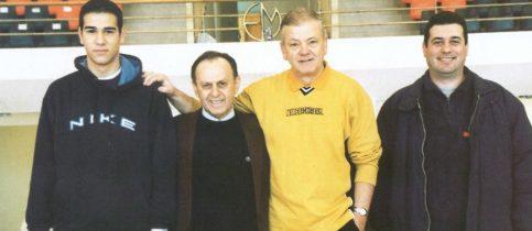 Ο αθλητικός κόσμος σκύβει το κεφάλι και σιγεί για λίγο συναισθανόμενος το μέγεθος της απώλειας ενός εκ των σπουδαιότερων προπονητών του κόσμου, του Ντούσαν Ίβκοβιτς.