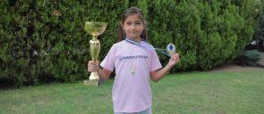 Η μαθήτρια Α. Μπεκιάρη (Γ΄ Δημοτικού) κατέκτησε τη 2η θέση και το αργυρό μετάλλιο στους Πανελλήνιους Αγώνες Σκάκι